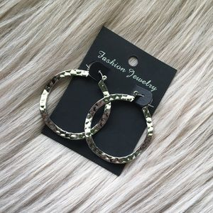 Jewelry - 5/$25 Hammered hoop earrings
